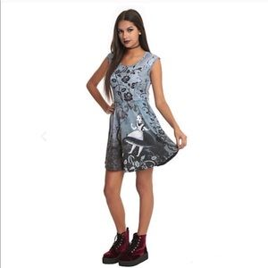 Alice in wonderland n Cheshire Cat tights n dress